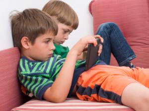Houdingsproblemen bij kinderen - Fysio Jansen geeft adviezen