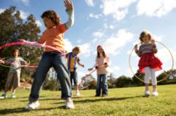 Lichaamsbeweging kind in de kinderjaren - Fysio Jansen te Deurne